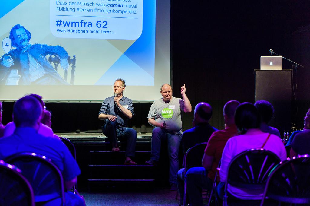 Jan Eggers und Roland Judas auf der WMFRA-Bühne am 62. Webmontag
